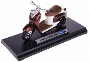 '99 YAMAHA VINO YJ50R SKUTER MODEL WELLY 1:18 !!!