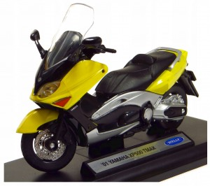 `01 YAMAHA XP500 TMAX MODEL METAL WELLY MOTOR 1:18